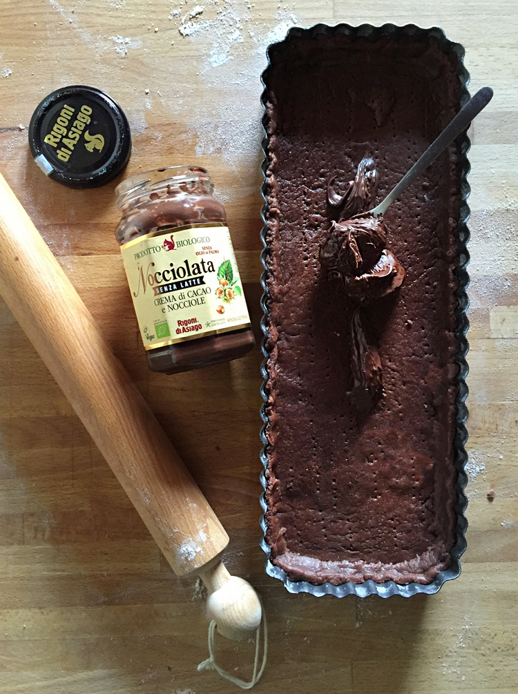 crostata al cacao e Nocciolata Rigoni di Asiago