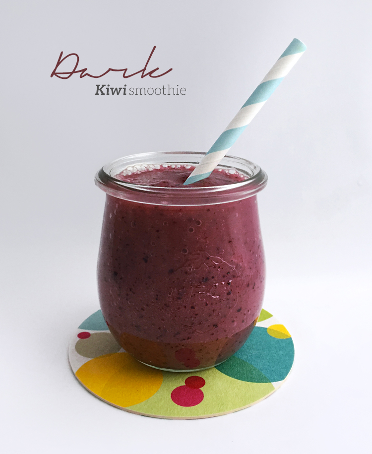 dark kiwi smoothie