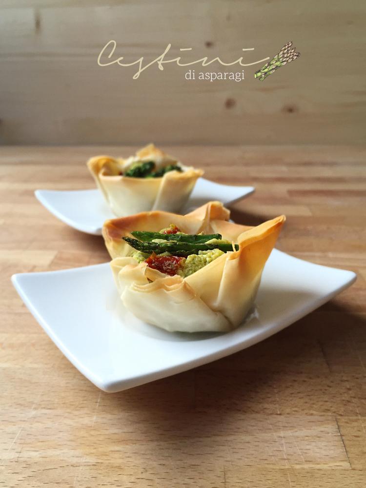 cestini croccanti vegan con asparagi e tofu