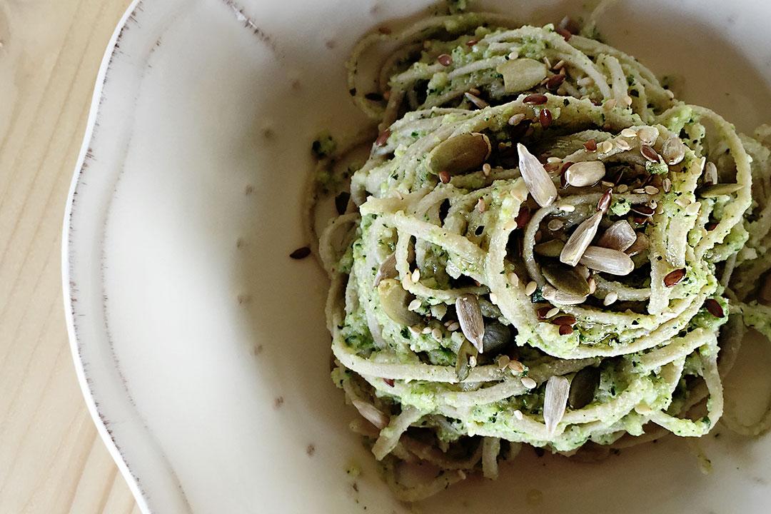 pesto di zucchine e semi vari