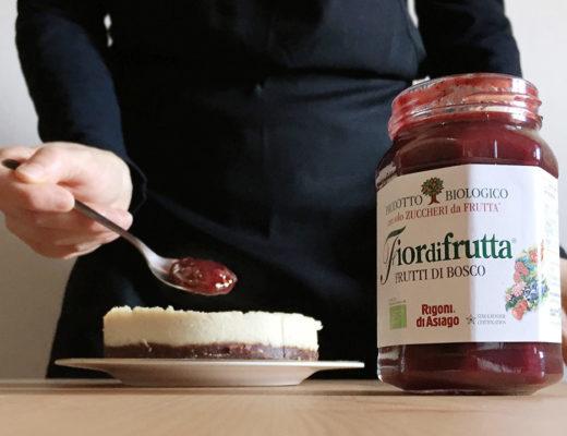 Torta raw ai frutti di bosco Rigoni di Asiago