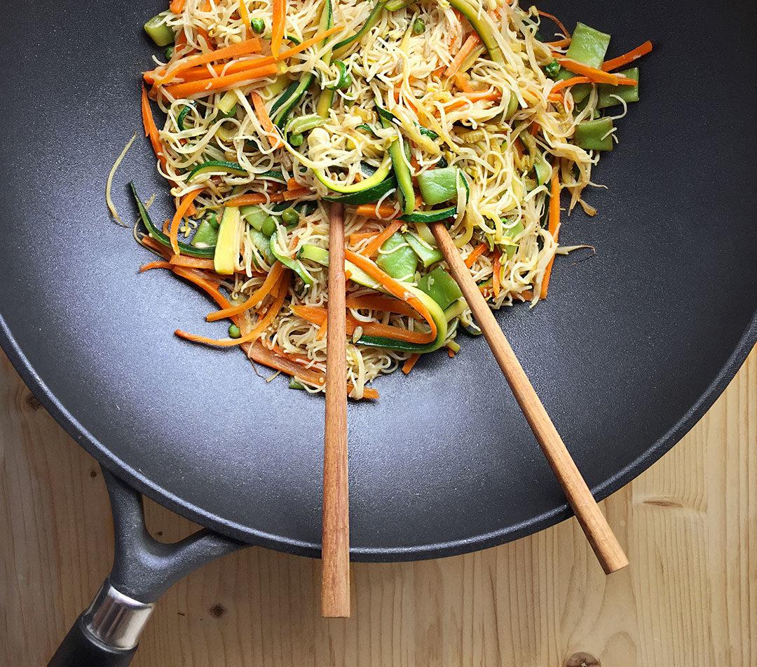 noodles di riso con verdure