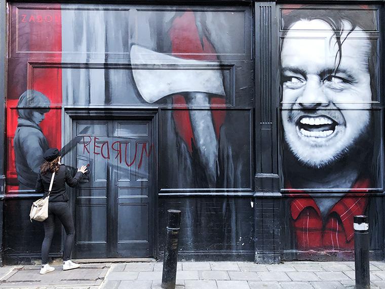 graffiti london shining